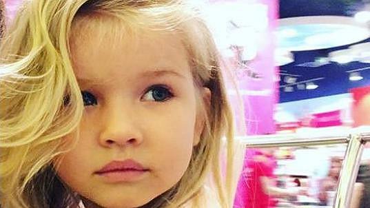 Dcera zpěvačky Victorie Annabelle