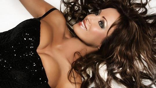Kateřina Brožová je krásná žena.
