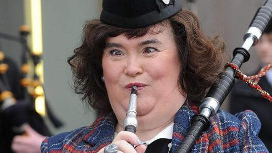 Susan Boyle má skvělý smysl pro humor a sebeironii.