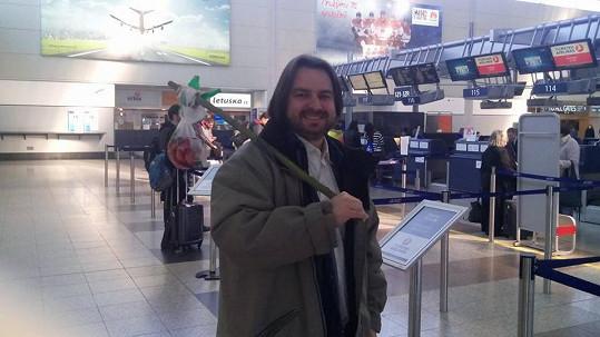 Zdeněk Macura vyrazil do světa s kupou nasmažených řízků.