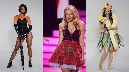 Berenika Kohoutová se stala vítězkou show Tvoje tvář má známý hlas. Zleva jako Rihanna, Fergie a Katy Perry.