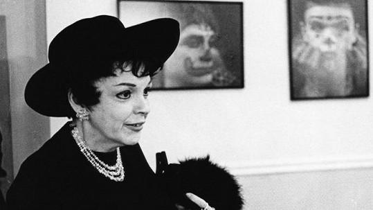 Judy Garland šestačtyřicetiletá. Zbýval jí rok života.