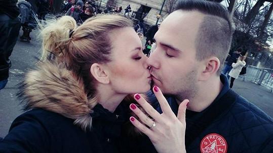 Veronika Stýblová je zasnoubená.