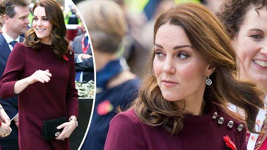 Vévodkyně Kate už se zakulacuje.