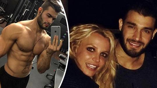 Tohoto fešáka ulovila Britney Spears.