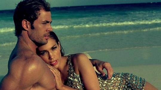 Jennifer Lopez a William Levy.