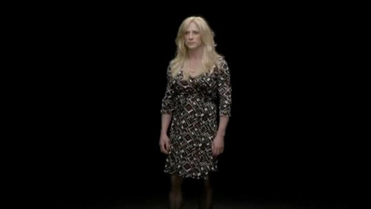 Bond Daniel Craig se v kampani za rovnost mezi pohlavími převlékl za ženu