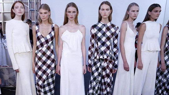 Modelky z přehlídky Victorie Beckham z týdne módy v New Yorku