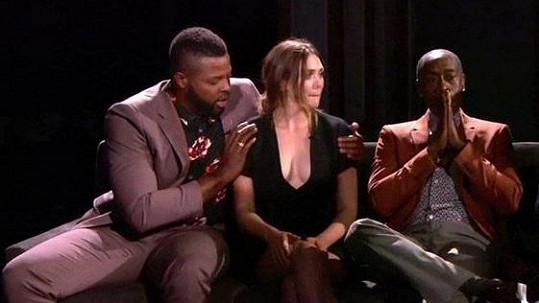 Elizabeth Olsen s hereckými kolegy u Jimmyho Kimmela