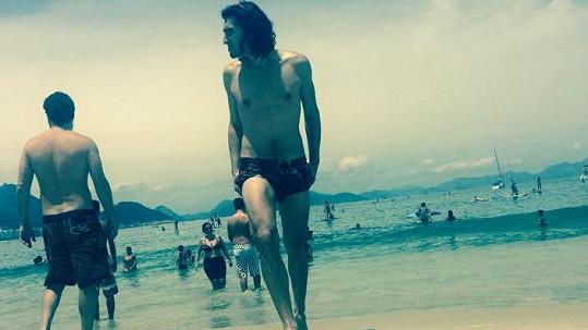 Jordaj Haj na brazilské pláži
