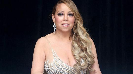 Mariah Carey se sice neváží, ale přesto ví, že potřebuje zhubnout.
