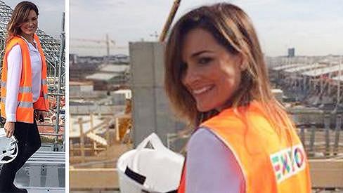 Alena Šeredová je krásná i na stavbě.