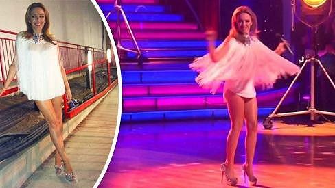 Kylie Minogue je sice 44 let, ale postavu má jako dvacítka.