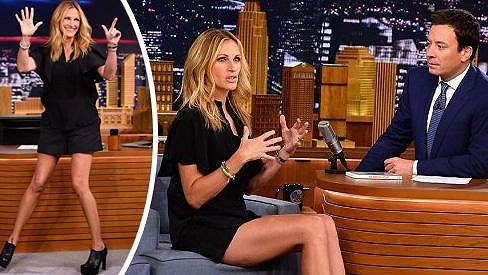 Julia Roberts má opravdu výstavní nohy, které by byl hřích neukázat.