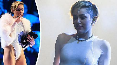 Miley Cyrus už může rovnou chodit nahá...