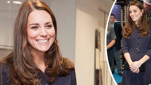 Kate se opět usmívá.