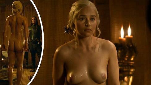Emilia Clarke v roli princezny Daenerys.