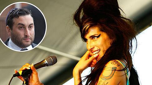 Alex Winehouse je přesvědčen, že k smrti jeho sestry přispěla bulimie.