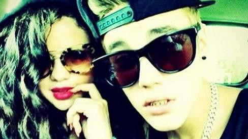 Justin Bieber a Selena Gomez dokonale matou své příznivce.