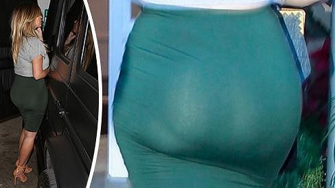 Kim Kardashian a její proslulé pozadí