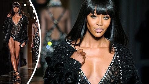 Naomi Campbell pro Versace