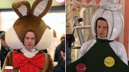 Jakub Prachař se převlékl za roztomilého ušáka i vánoční stromeček.