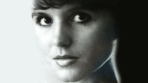 Poznáte tehdy devatenáctiletou dívku na fotce?