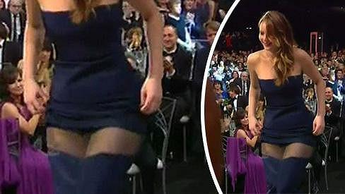 Jennifer Lawrence horkou chvilku skvěle ustála.