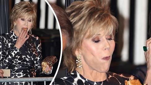 Jane Fonda doplňovala energii.