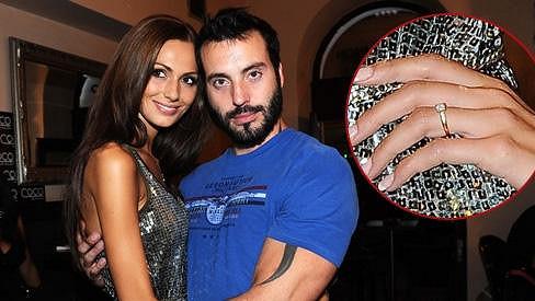 Eliška Bučková a Vašek Noid Bárta se zasnoubili.