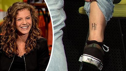 Lenny a její tetování.