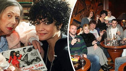 Lucie Bílá s rodinou a přáteli zapíjela Jiřinu Jiráskovou.