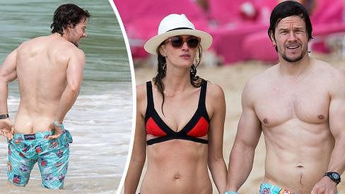 Mark Wahlberg byl na Barbadosu nepřehlédnutelný.