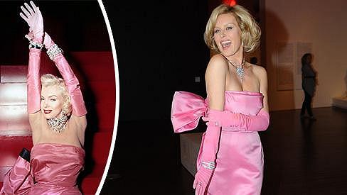 Simona Krainová má Marilyn Monroe v oku.