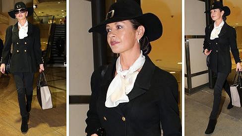 Catherine Zeta-Jones přijela do Los Angeles propagovat nový film.