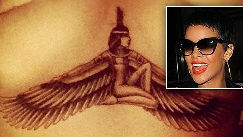 Rihannino nové tetování.