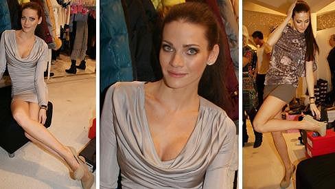 Andrea Verešová vypadá pořád nádherně.