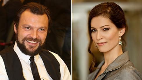 Tomáš Ujfaluši randí s moderátorkou Janou Marečkovou.