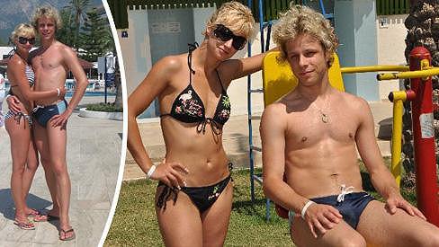 Jan Onder se pochlubil přítelkyní Luckou. Na bříšku nemá ani gram tuku.