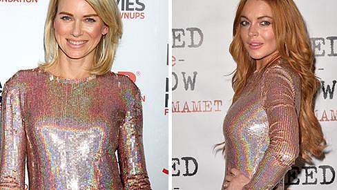 Sluší duhové šaty víc zrzce, nebo blondýnce?