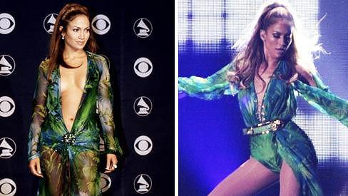 Jennifer si na sebe po letech vzala slavný model od Versaceho.