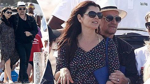 Bono Vox z U2 je stále plný lásky.