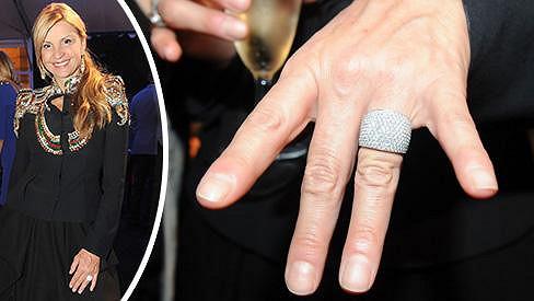 Tamara Kotvalová ukázala nádherný prsten, který dostala od přítele k narozeninám.