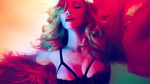Madonna na fotografii ke svému novému singlu.