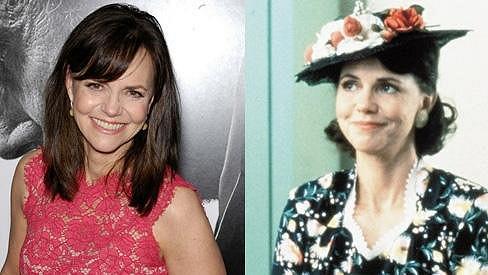Sally Field dnes a na snímku ze slavného filmu Forrest Gump.