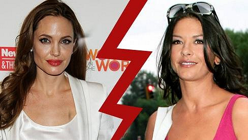 Angelina Jolie a Catherine Zeta-Jones si jdou po krku.