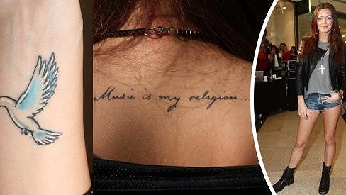 Jitka a její nová tetování.