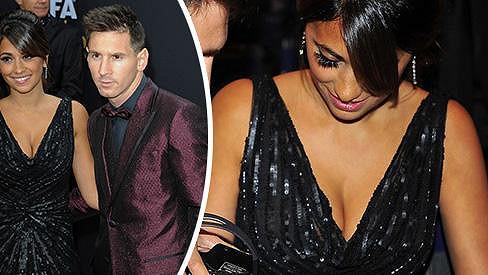 Messi se pochlubil krásnou přítelkyní.