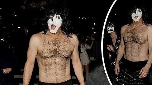 Paul Stanley z kapely Kiss je stále ve formě.