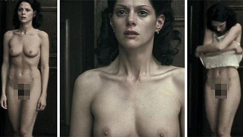 Klára Issová se nebála ukázat nahá.